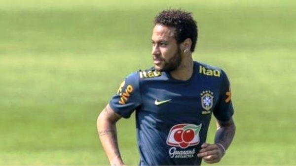 Neymar waxaa dhawaan laga xayuubiyay Kabtan nimada xulka qaranka Brazil