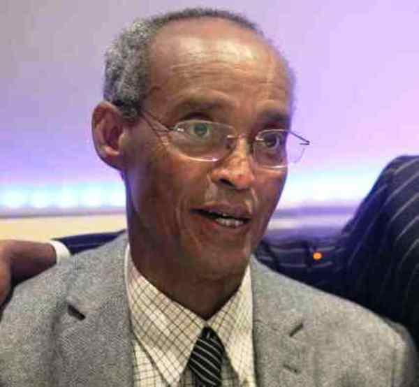 Taliyihii hore ee Sirdoonka Somaliland Maxamed Nuur.jpeg