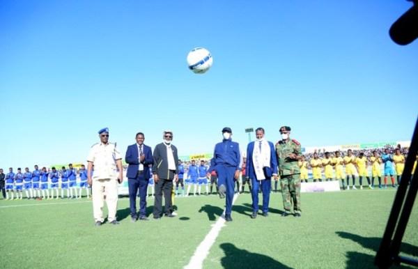 MADAXWEYNE BIIXI OO LAADAY KUBADDA BILAWGA TARTANKA GOBOLLADA SOMALILAND 2020